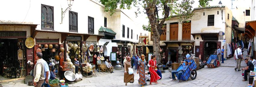 Platz in der Medina von Fez