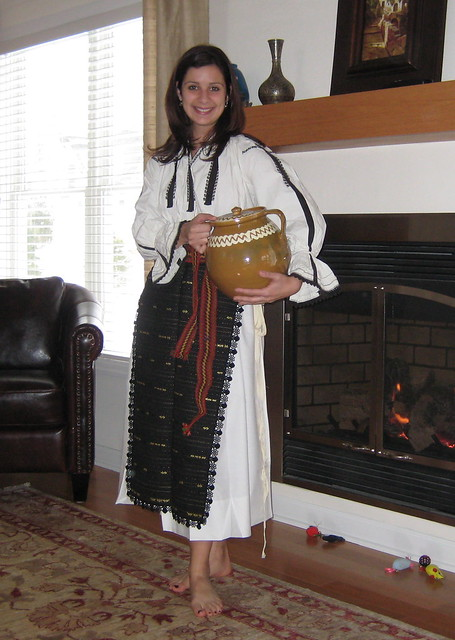 Romanian Traditional Dress  Musings on traditional folk