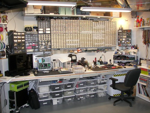 A Quick Tour Of My Workbench Hackaday