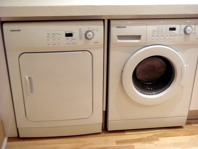 Washer And Dryers: Under Counter Washer And Dryer