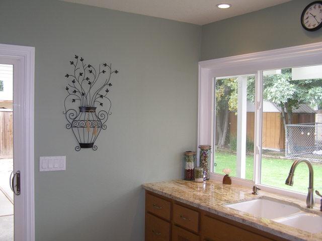 Real Homes Light green kitchen Benjamin Moores Saybro