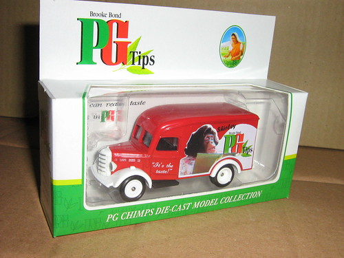 Bedford 30CWT Van - PG Tips - Shirley