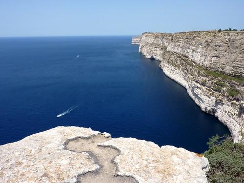 Ta Cenc cliffs