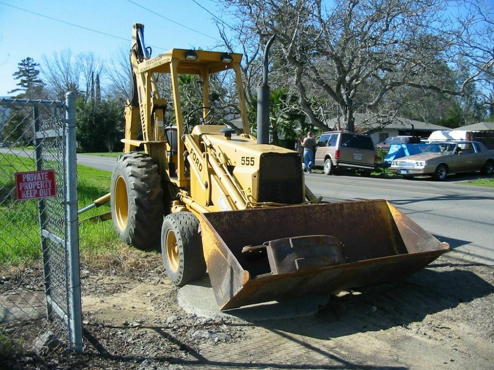 medium resolution of 1990 ford 555 tractor with front loader backhoe 8