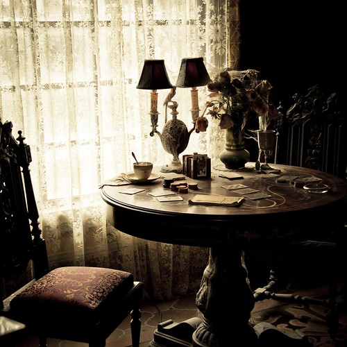 Dark Disney : Ghost Poker (Hollywood Terror Hotel, Disneyland Paris) - Photo : Gilderic