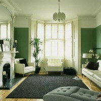 Green living room: Monochrome palette + white accents