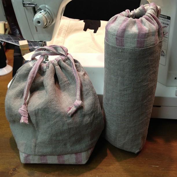 今日は、私の可愛いお嫁ちゃんが作っていったお弁当の巾着袋^^;お母様も後から遊びに来てくださり、楽しいひとときを過ごしました。おうちも近いので、またお誘いしなくっちゃ*\(^o^)/*