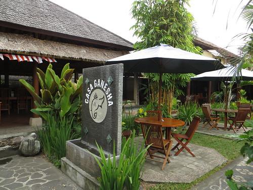 entranceway and restaurant