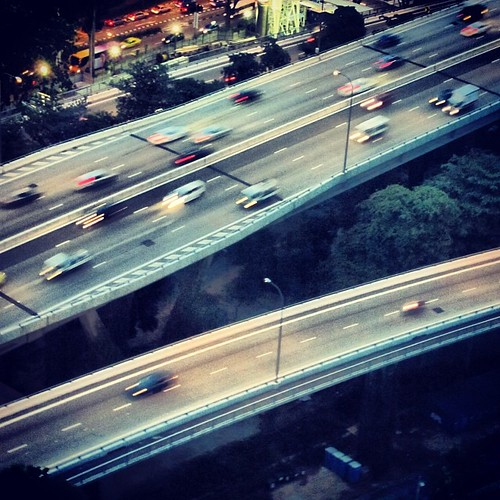 Speeding traffic #singapore by @MySoDotCom