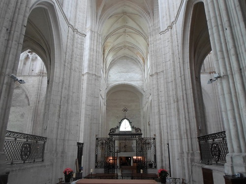 View from a side chapel, Abbaye St. Germain