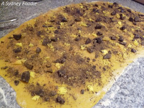 Chocolate Babka - chocolate filling