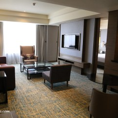 Living Room Desk Country Style Furniture Sets Renaissance Johor Bahru Hotel - Places And Foods