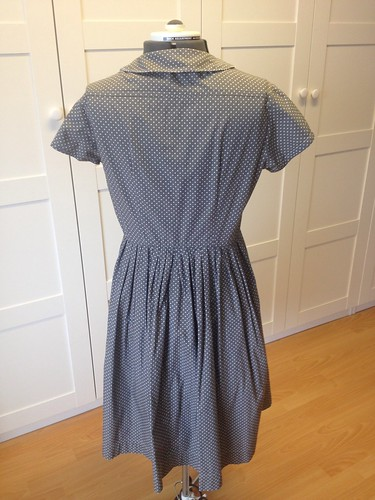 gray Simplicity 5232 back