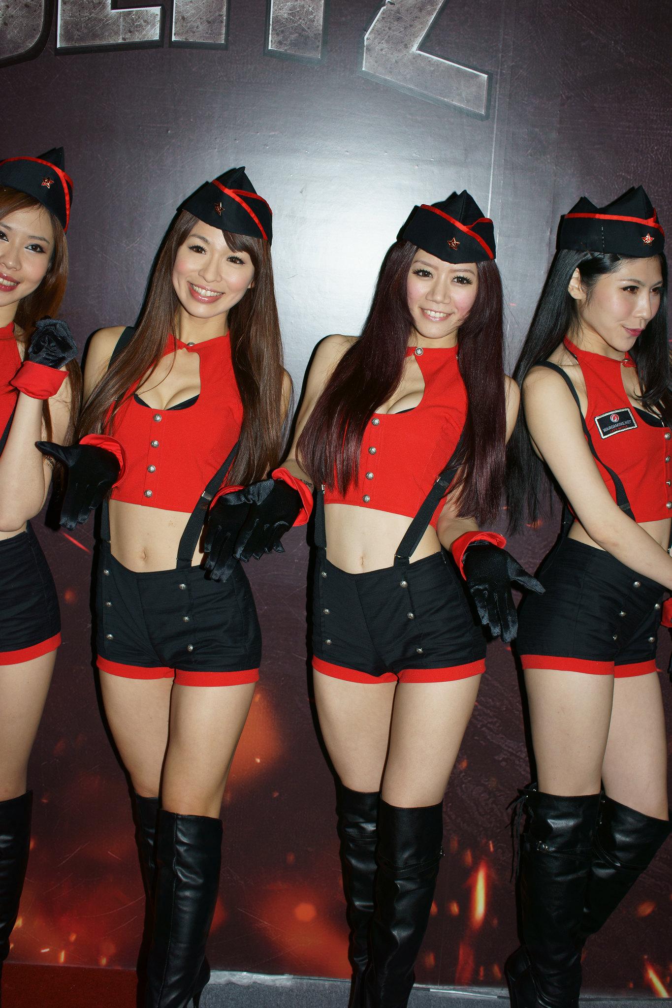 2014臺北國際電玩展(下)_高清大圖 [29P] - 臺灣正妹 - ShowGirl