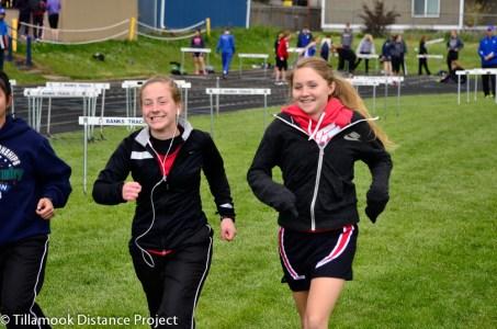2014 T&F Banks Invitational Mook Runners-13