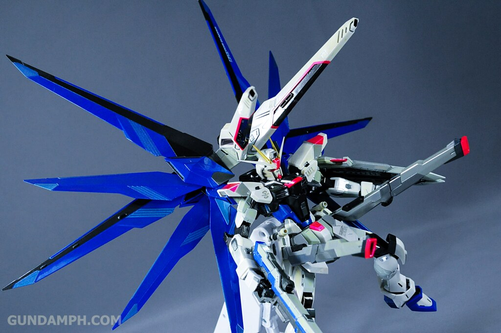 Metal Build Freedom Gundam Prism Coating Ver. Review Tamashii Nation 2012 (41)