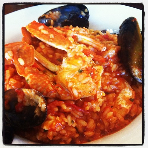 Spicy seafood risotto for a late lunch, with former colleagues, while waiting for wedding reception.