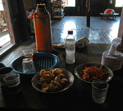 Inle Lake: Rice Wine & Tea