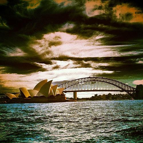 #sydney opera house by @MySoDotCom