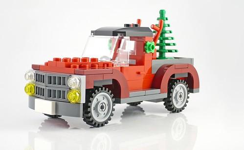 40083 Christmas Tree Truck 09