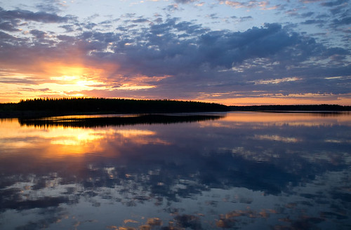 Sunset at River Kitinen