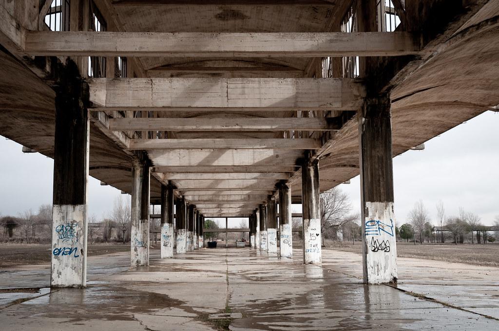 Hangares abandonados UAH (V)