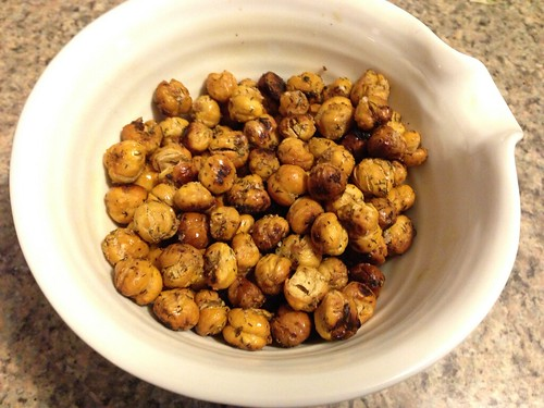 Ranch roasted chickpeas on twothirtyate.com