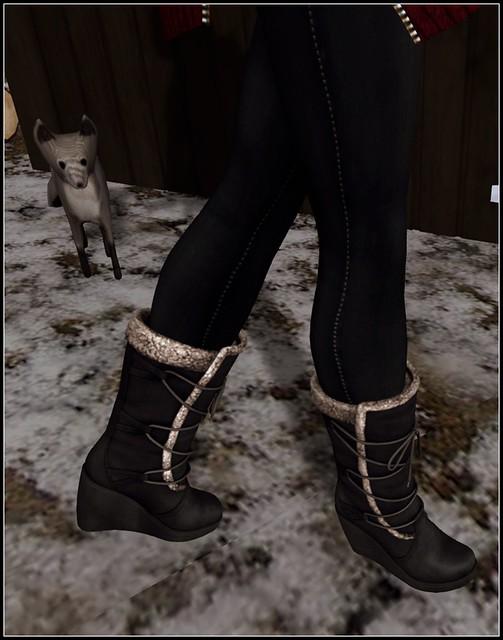 Shoetopia: League Winter Wedge Boots