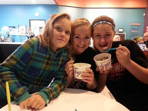 21/365 - Alyssa, Kayla and Megan