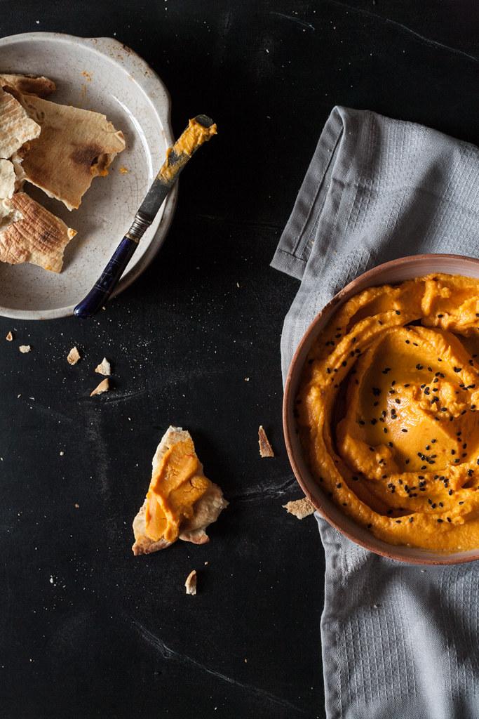 Hummus de abóbora manteiga e Pimento vermelho