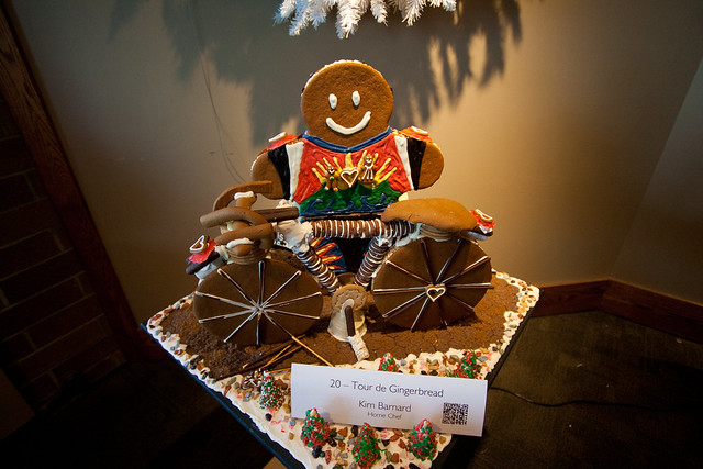 Gingerbread House 2013-3549