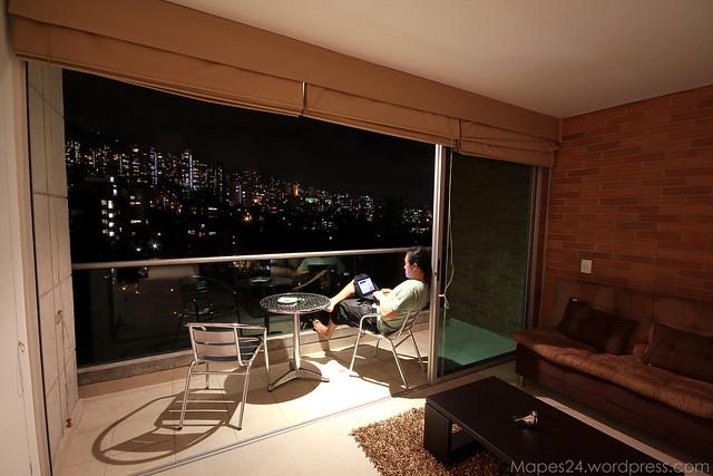 Blux 901 balcony