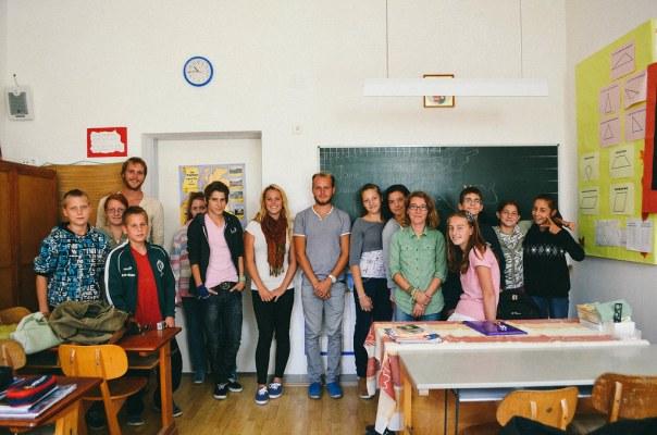 Pirates of the Danube Meet Hungarian School Children-1