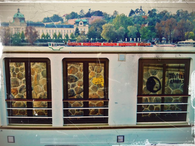 October afternoon by the Vltava (25)
