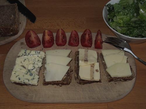 Diverse Käse zum Abendbrot