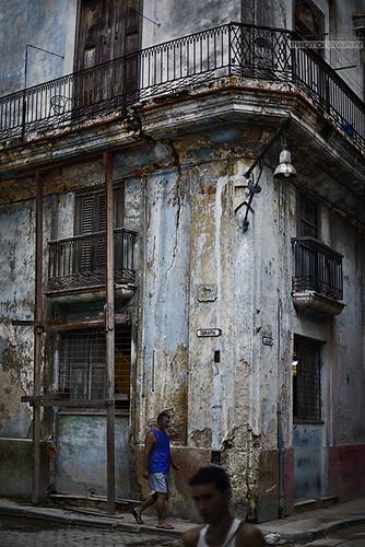Milagros de la Obrapia by Rey Cuba