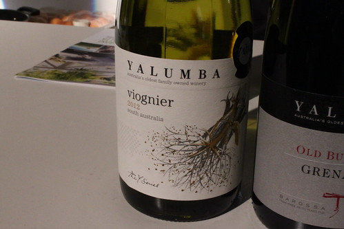 Great Viognier with papaya flavour