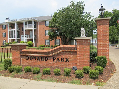 Donard Park Condos Louisville KY 40218 Near Bardstown Rd and I-264 by EarlWeikel.com