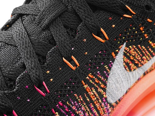 Nike_Flyknit_Air_Max_womens_detail2_24209