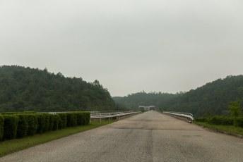 Prima snelwegen, jammer voor ze dat er bijna geen auto's zijn.