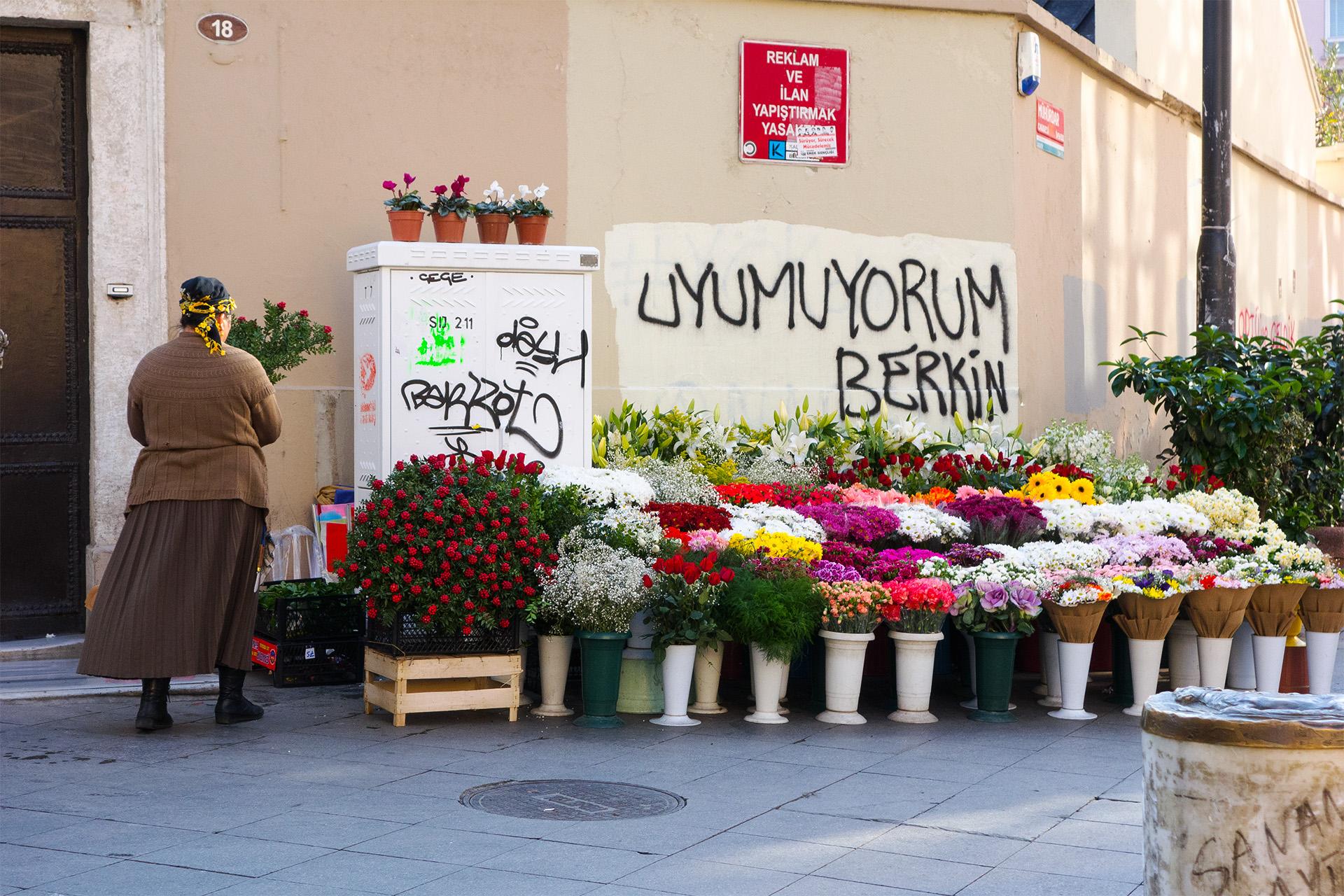 Flower sales at a corner in Kadikoy, Turkey.