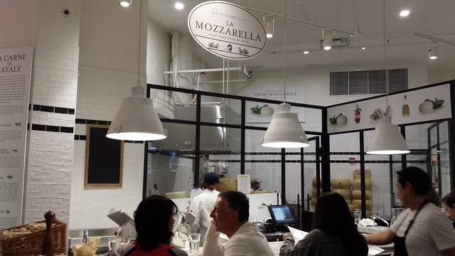 Mozzarella Bar @ Eataly