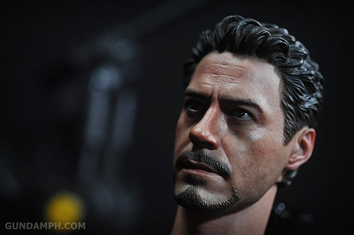 Hot Toys Iron Man 2 - Suit-Up Gantry with Mk IV Review MMS160 Unboxing - day1 (20)