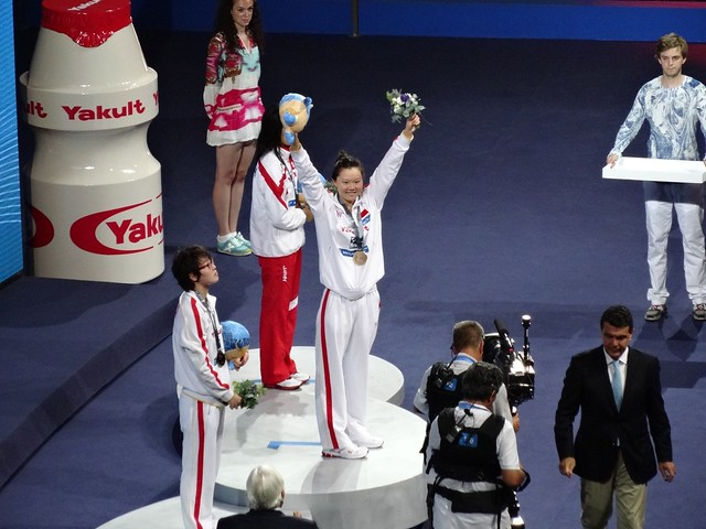 Zhao Jing on top of the BCN2013 medal podium