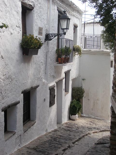 Une ruelle de Capileira, calle Cerezo