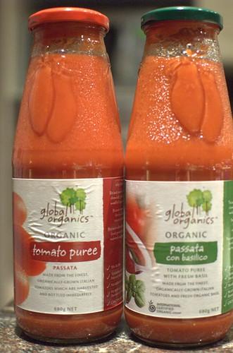Global organics tomato passata
