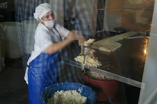 Cheese processing in Boaca, Nicaragua