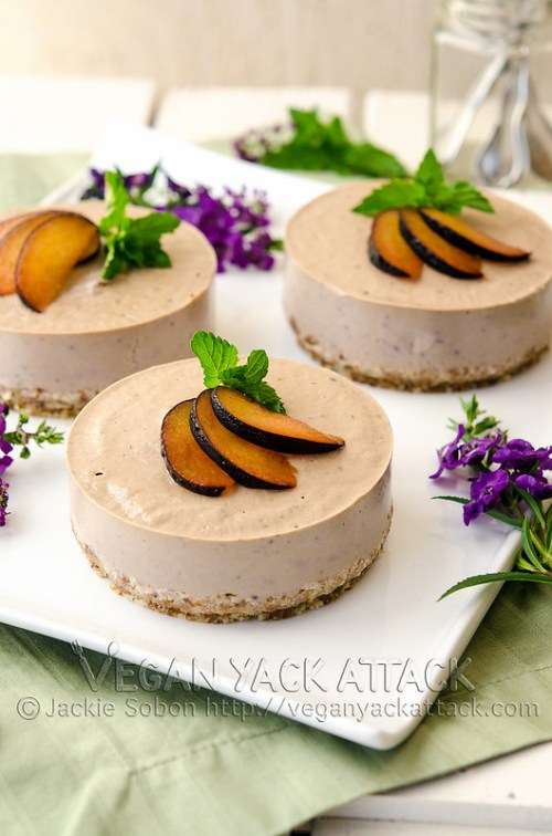 A raw Plum Banana Cheesecake made with fruit and nuts. Sinfully smooth and subtly sweet, but good for you! Vegan, Gluten-free, Soy-free