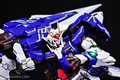 Metal Build 00 Gundam 7 Sword and MB 0 Raiser Review Unboxing (70)