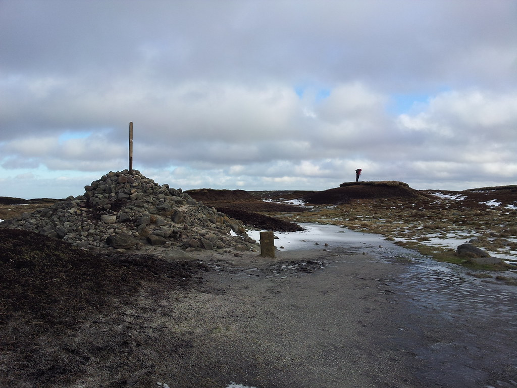 @LoneWalkerUK inspects the summit of Bleaklow Head